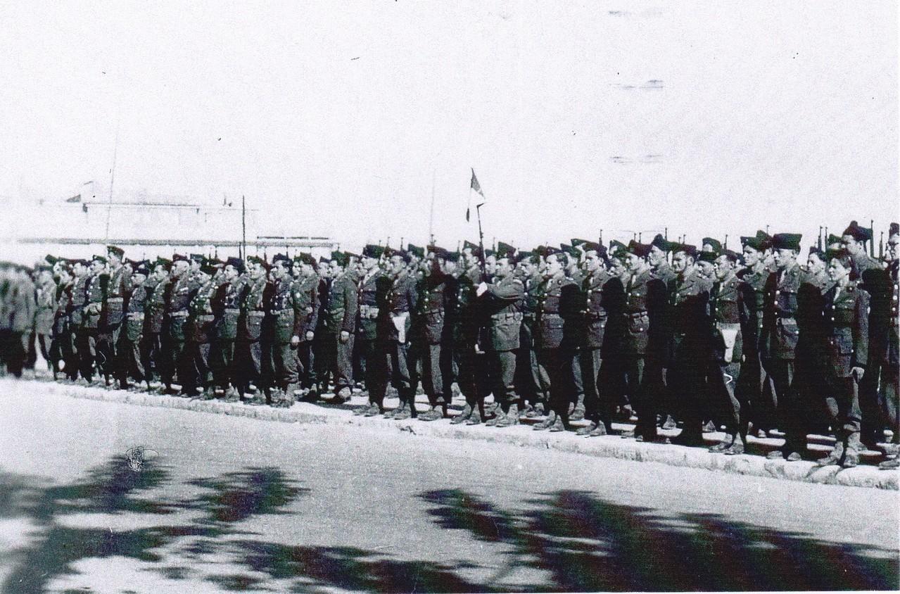 8 mai 1945 : le défilé à Cannes (BM 4)