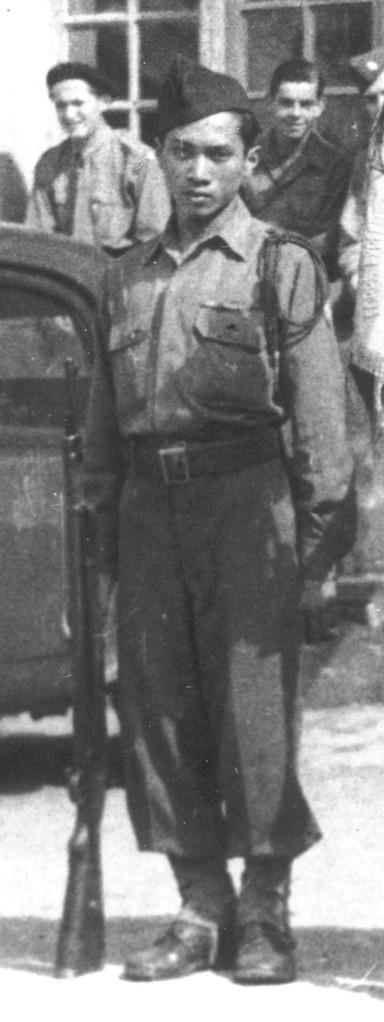 KASNI en 1945 à Paris