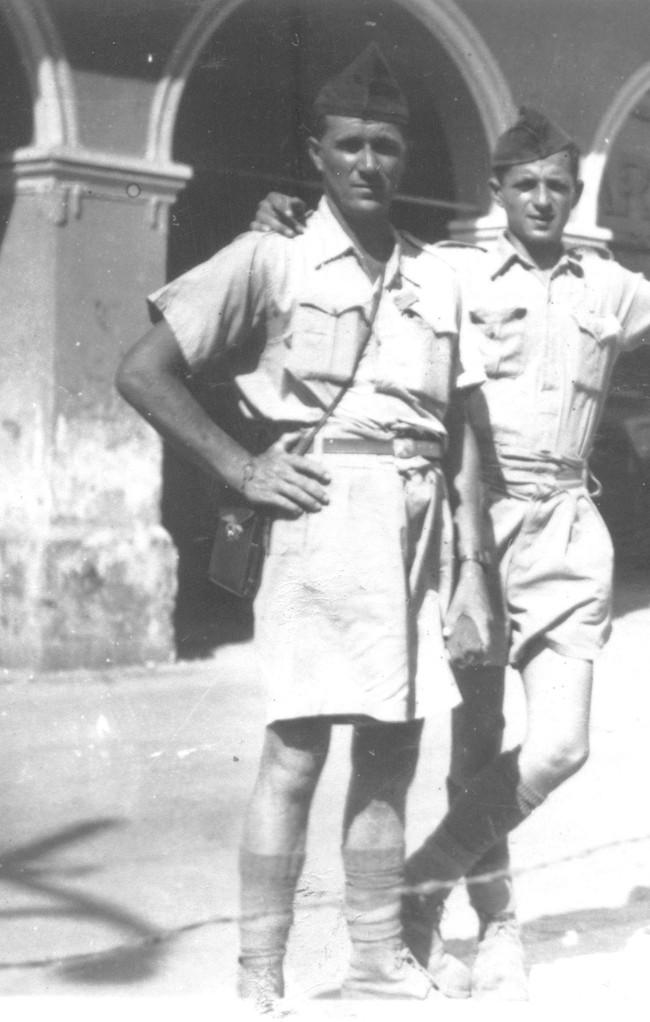 Le sergent-chef LE CARROUR en 1941-1942